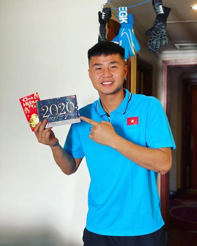 Đức Chinh, Đình Trọng và dàn cầu thủ U23 check-in sang Thái Lan-2