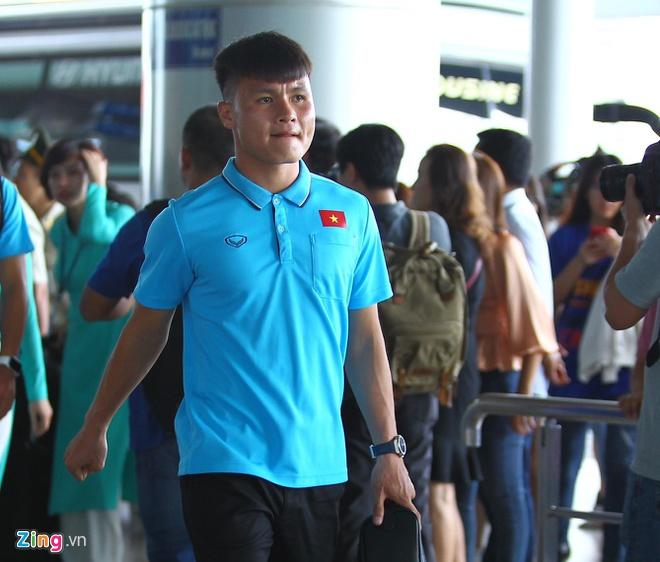 Đức Chinh, Đình Trọng và dàn cầu thủ U23 check-in sang Thái Lan-7