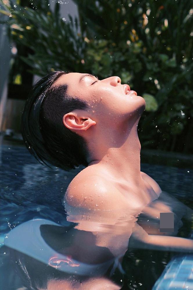 Cả năm đăng đầy ảnh nude, Đào Bá Lộc chào 2020 với phong cách nhức nhối không kém-5