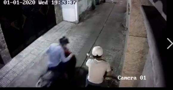 Hồ Quang Hiếu bị trộm lẻn vào nhà lấy cắp xe máy-3