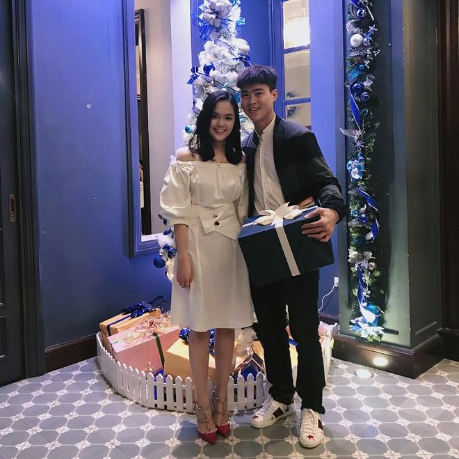 Duy Mạnh sở hữu bộ sưu tập hàng hiệu, có đôi giày giá gần 1.000 USD-2