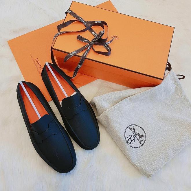 Duy Mạnh sở hữu bộ sưu tập hàng hiệu, có đôi giày giá gần 1.000 USD-3