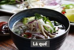Bí quyết nấu nước dùng phở Việt ngon như đầu bếp