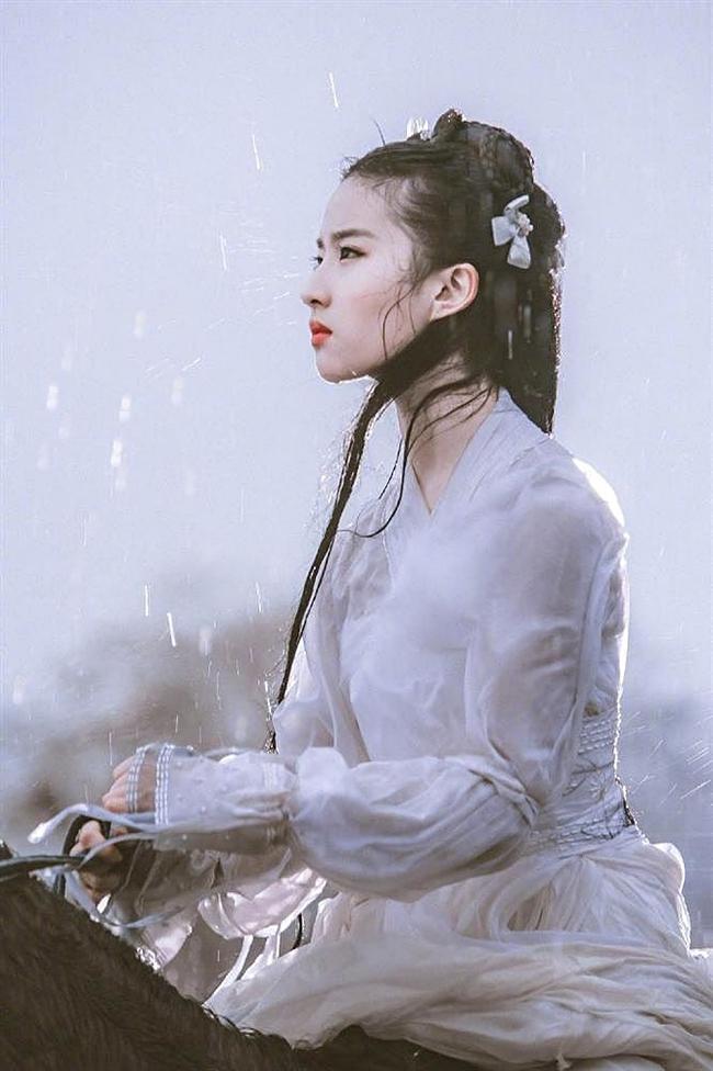 Lưu Diệc Phi, Dương Mịch, Cúc Tịnh Y, ai mới là nữ thần đồ trắng khiến bạn mê mẩn?-4