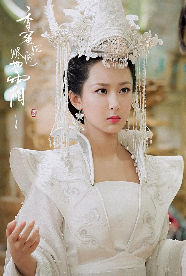 Lưu Diệc Phi, Dương Mịch, Cúc Tịnh Y, ai mới là nữ thần đồ trắng khiến bạn mê mẩn?-9