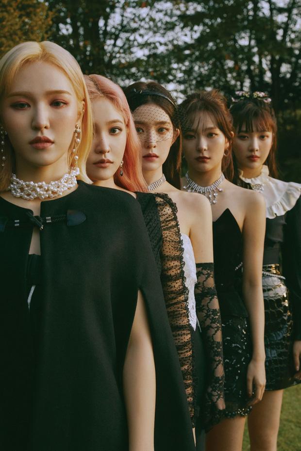 Red Velvet vượt IU, giành cúp đầu tiên của thập kỷ nhưng bị kênh KBS giật spotlight vì bày tỏ nhung nhớ với Wendy-1