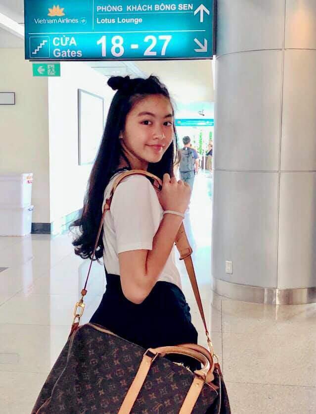 Dự đám cưới, 2 con gái Quyền Linh chiếm spotlight vì xinh hơn cả cô dâu-4