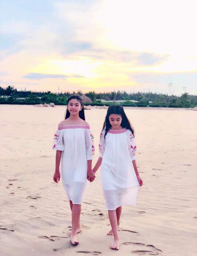 Dự đám cưới, 2 con gái Quyền Linh chiếm spotlight vì xinh hơn cả cô dâu-9