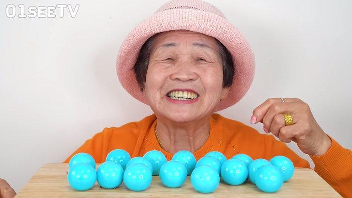 Quay vlog ăn uống thả ga, cụ bà 82 tuổi người Hàn Quốc gây sốt cộng đồng mạng-3