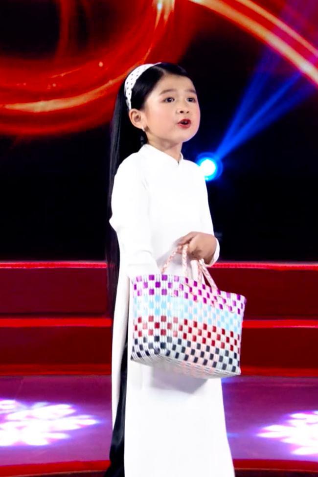 Trấn Thành không giấu nỗi khao khát sinh con gái giống Cô Ba Sài Gòn phiên bản nhí tại Giọng Ải Giọng Ai-2