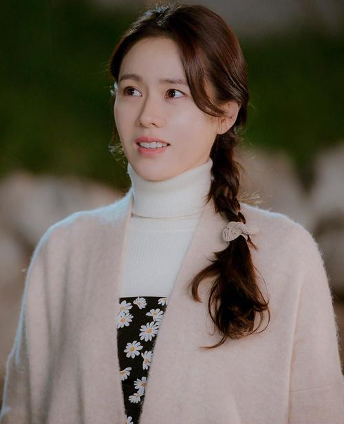 3 kiểu tóc xinh như mộng của Son Ye Jin trong Hạ cánh nơi anh-2
