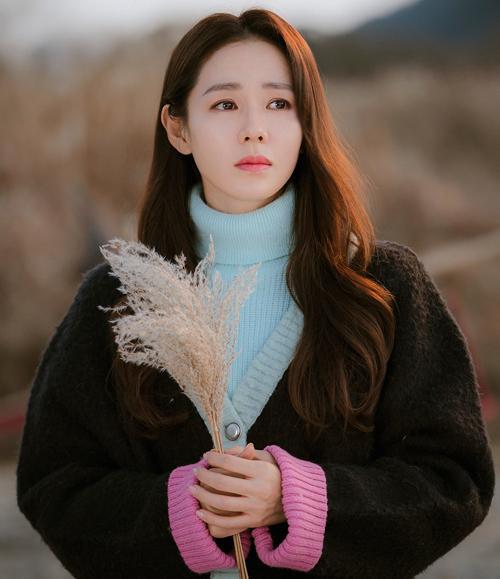 3 kiểu tóc xinh như mộng của Son Ye Jin trong Hạ cánh nơi anh-3
