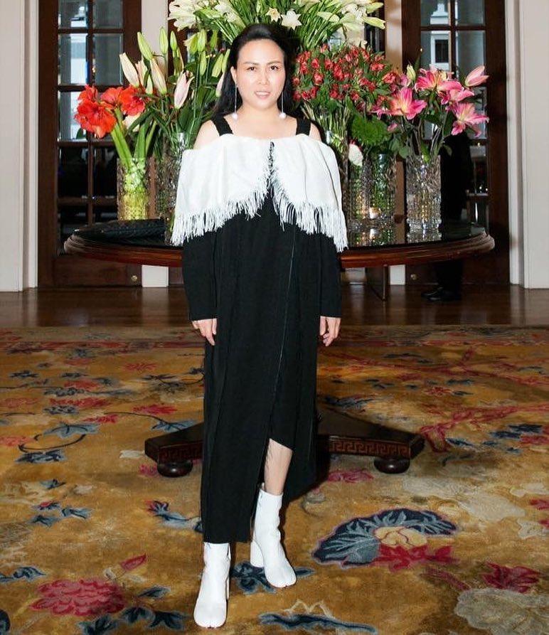 Phượng Chanel lại tự dìm hàng vì yêu thích trang phục lùng bùng như chú hề-5