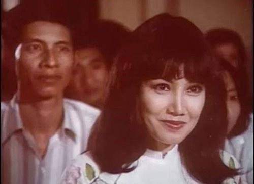 Những bóng hồng trên màn ảnh của cố NSƯT Nguyễn Chánh Tín-9