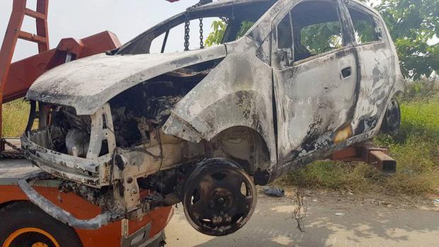 Khởi tố nghi phạm người Hàn Quốc sát hại gia đình đồng hương ở Sài Gòn, đốt ô tô phi tang-3