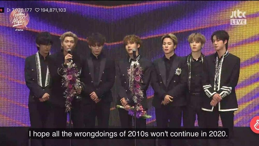 BTS tiếp tục thắng lớn tại giải Đĩa Vàng Ngày 2, RM có lời phát biểu chân tình-2