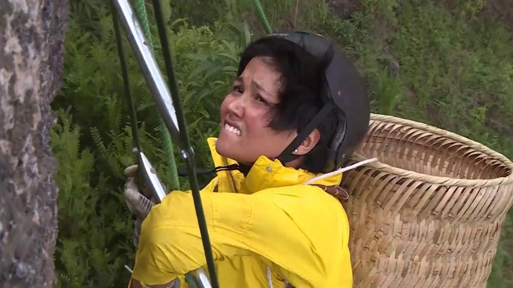 Mỹ nhân Việt lộ mặt mộc trên truyền hình: Người xinh đẹp hút hồn, người nhợt nhạt kém sắc-6