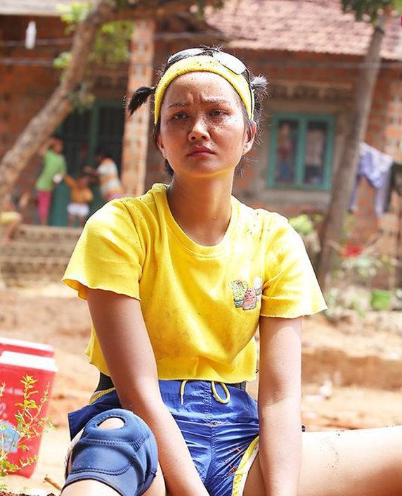 Mỹ nhân Việt lộ mặt mộc trên truyền hình: Người xinh đẹp hút hồn, người nhợt nhạt kém sắc-9