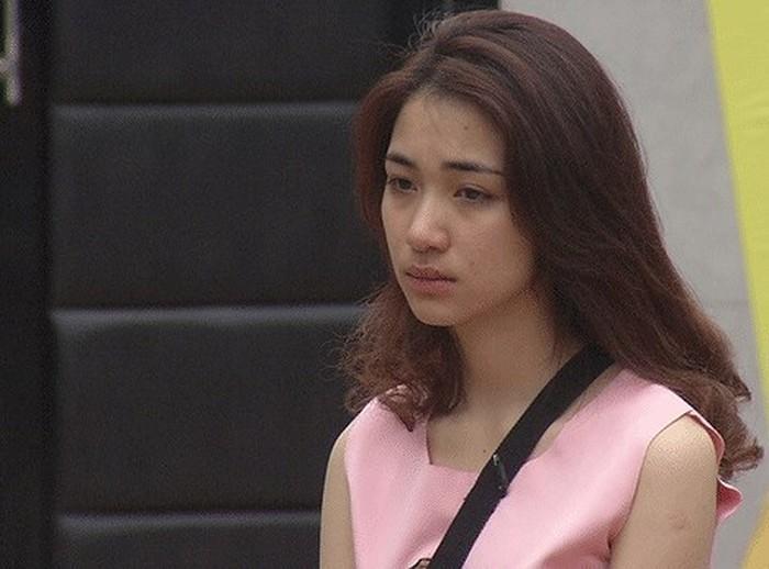 Mỹ nhân Việt lộ mặt mộc trên truyền hình: Người xinh đẹp hút hồn, người nhợt nhạt kém sắc-16