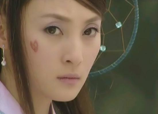 Những vết sẹo hình thù kỳ dị trên mặt các mỹ nhân Hoa ngữ trong phim cổ trang-7