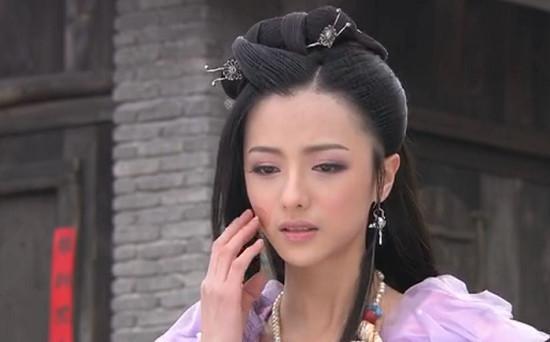 Những vết sẹo hình thù kỳ dị trên mặt các mỹ nhân Hoa ngữ trong phim cổ trang-12