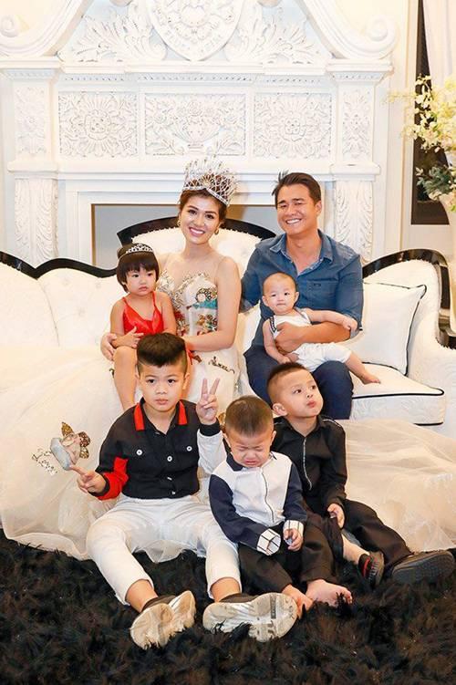 Mỹ nữ Vũng Tàu đăng quang Hoa hậu ở Hàn, không ngờ trong bụng đang mang thai con thứ 6-3