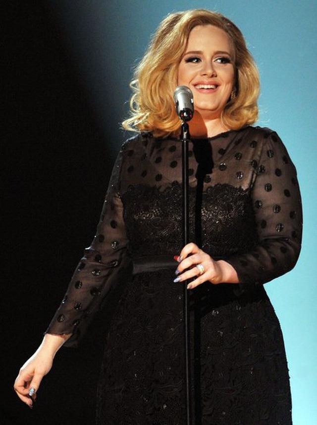 Adele giảm 20kg hậu ly hôn: Đau khổ vì tình hay hành trình tìm cách tự yêu bản thân?-3
