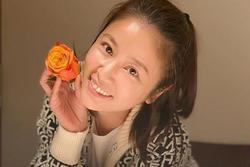 Lâm Tâm Như tự tay chuẩn bị tiệc sinh nhật cho con gái, không gian giản dị nhưng đáng yêu vô cùng
