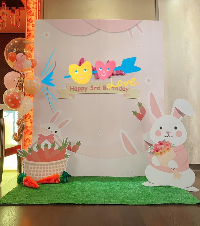 Lâm Tâm Như tự tay chuẩn bị tiệc sinh nhật cho con gái, không gian giản dị nhưng đáng yêu vô cùng-2