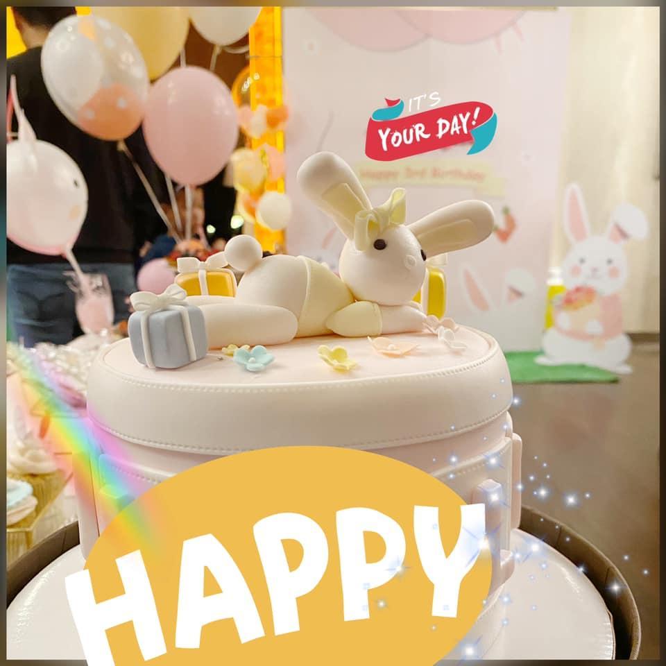 Lâm Tâm Như tự tay chuẩn bị tiệc sinh nhật cho con gái, không gian giản dị nhưng đáng yêu vô cùng-7