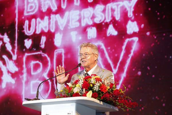 Đại học Anh Quốc Việt Nam kỷ niệm 10 năm thành lập-3