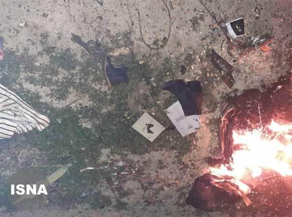 Máy bay chở hơn trăm người rơi ở Iran, không ai sống sót-2