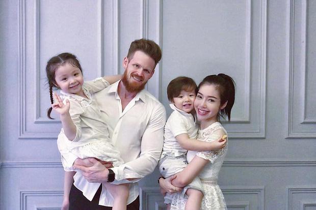 Giữa nghi vấn bị chồng Tây cắm sừng, Elly Trần viết status khó hiểu gửi hai con thơ-4