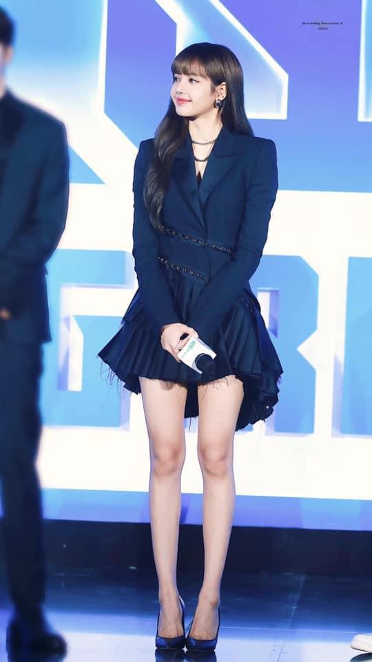 Đẳng cấp Lisa: Làm cô giáo dạy nhảy cũng phá đảo Weibo nhờ tỷ lệ cơ thể siêu cấp cực phẩm-3