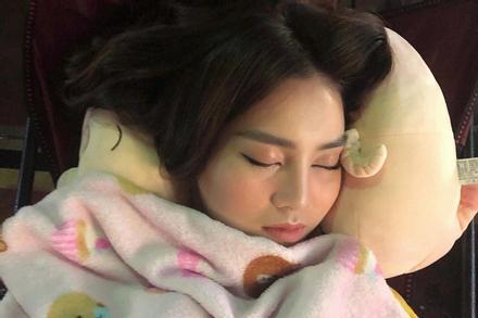 Ninh Dương Lan Ngọc bị chụp lén lúc ngủ say, hình ảnh thu được ngoài sức tưởng tượng