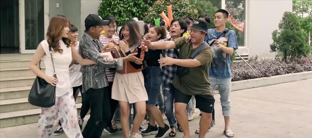 Đúng như dự đoán, K-ICM và mẹ nuôi bị đá xoáy cực thâm trong MV mới của Thái Vũ (FAP TV)-4