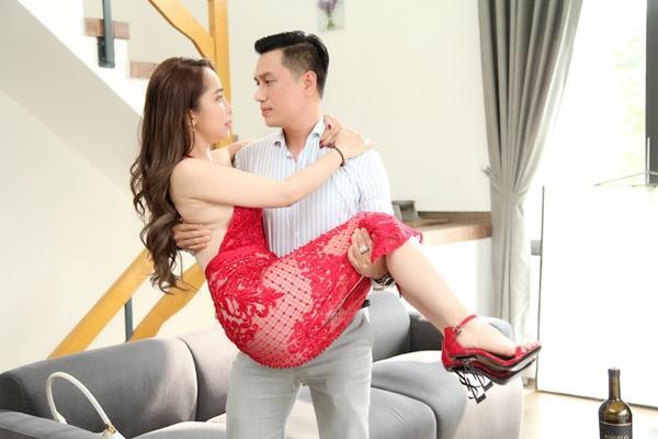 Việt Anh: 'Tôi chưa bao giờ hôn ai khó như Quỳnh Nga'-2