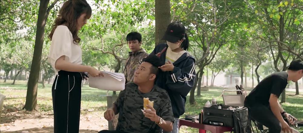 Đúng như dự đoán, K-ICM và mẹ nuôi bị đá xoáy cực thâm trong MV mới của Thái Vũ (FAP TV)-6