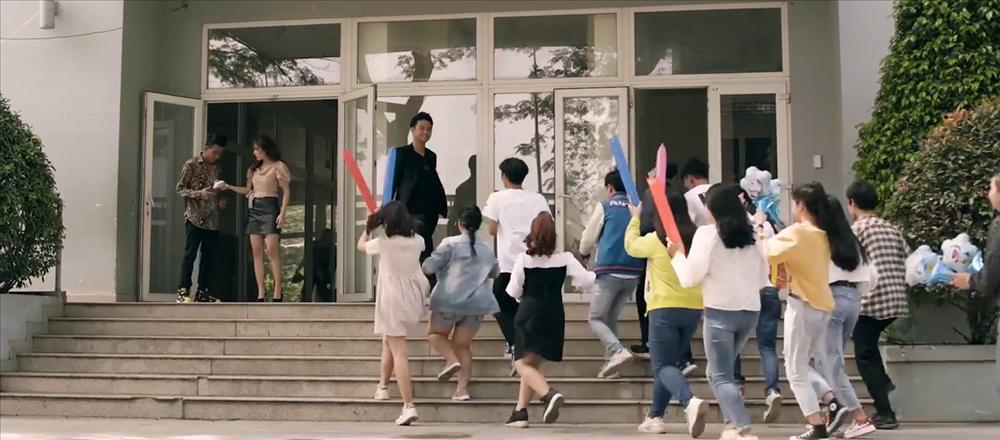 Đúng như dự đoán, K-ICM và mẹ nuôi bị đá xoáy cực thâm trong MV mới của Thái Vũ (FAP TV)-8