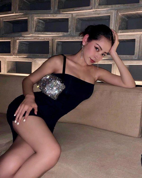 Chi Pu chăm diện đầm bodycon bó sát khoe dáng đẹp như tạc-7