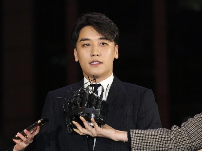 Công tố viên tiếp tục yêu cầu bắt giữ Seungri-1
