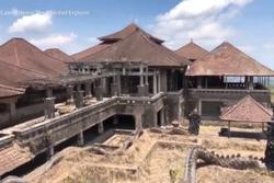 Khách sạn 'cung điện ma' trở thành điểm đến hút khách ở Bali