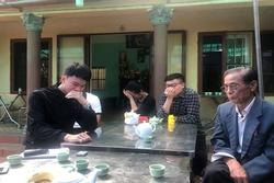 Không ngăn được nước mắt trong ngôi nhà người cán bộ hy sinh ở Đồng Tâm