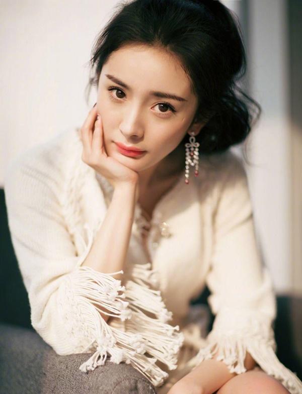 Gương mặt cứng đơ của Dương Mịch khiến người nhìn phát hoảng, còn đâu nữ thần ngọt ngào ngày nào?-7