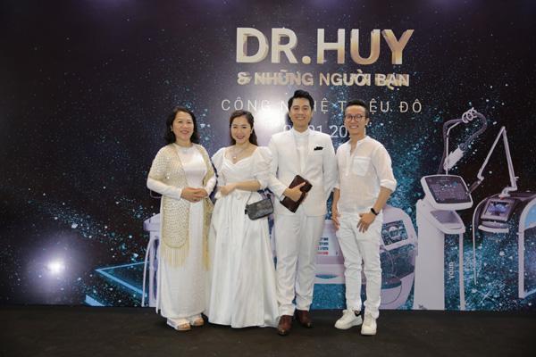 Dr Huy tổ chức Dạ tiệc trắng tri ân khách hàng-3