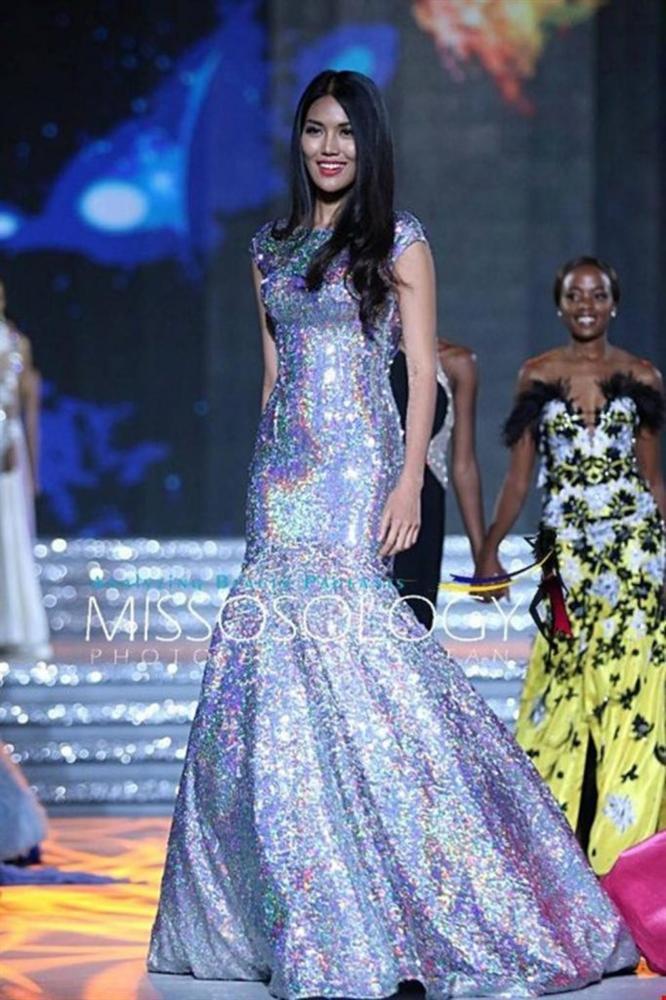Mặc lại chiếc váy định mệnh trên đấu trường quốc tế, mỹ nhân Việt nào đạt phong độ đỉnh cao?-13