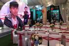 Không gian đám hỏi ở tư gia Đỗ Duy Mạnh trái ngược với tiệc mời hoành tráng tại nhà Quỳnh Anh