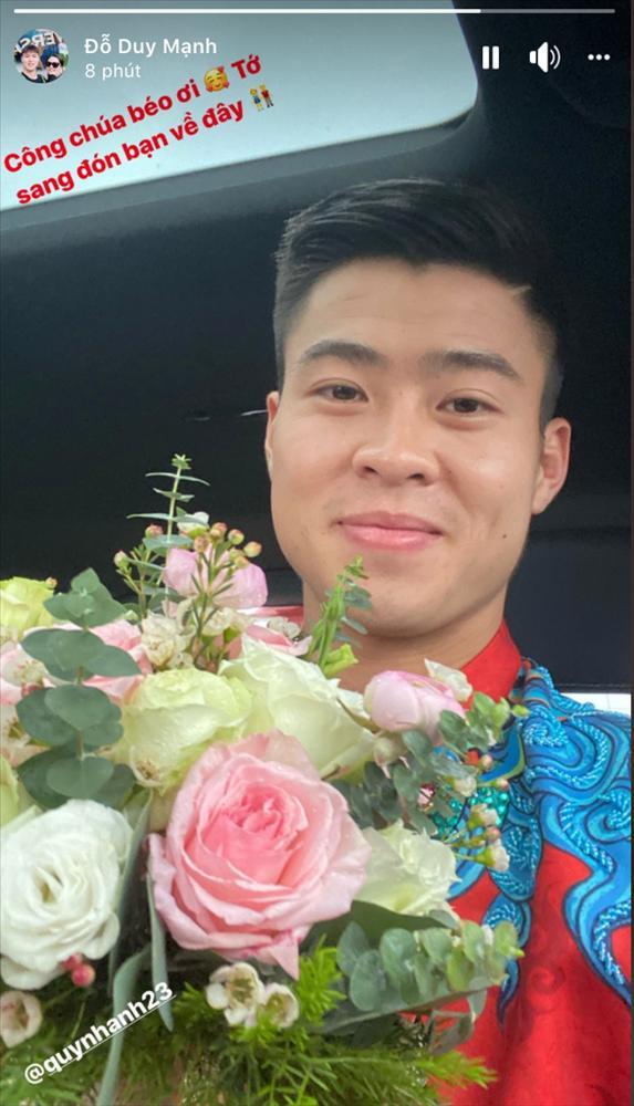 Chú rể Đỗ Duy Mạnh trang điểm sương sương, cô dâu Quỳnh Anh vấn đầu tổ chim trong lễ ăn hỏi-6
