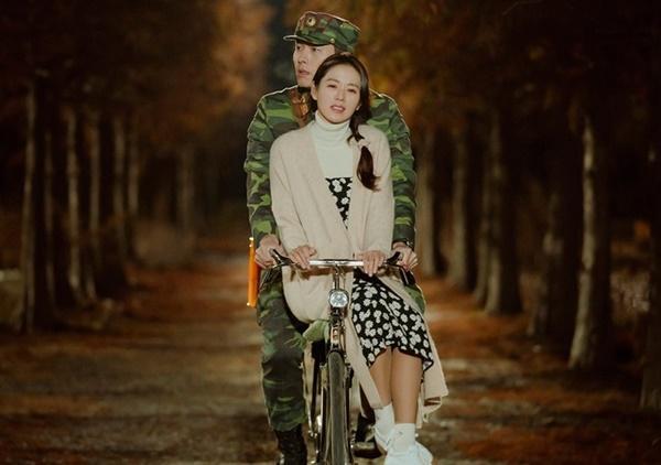 Hình ảnh ngọt ngào của Hyun Bin và Son Ye Jin trong 'Hạ cánh nơi anh-5