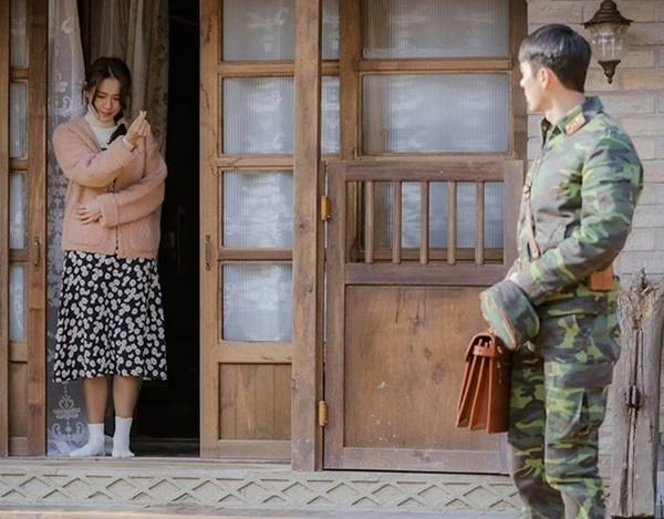 Hình ảnh ngọt ngào của Hyun Bin và Son Ye Jin trong 'Hạ cánh nơi anh-6